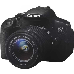 Canon EOS 700D kit 18-55 IS